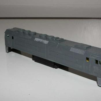 Aust N Rail G class loco just in undercoat