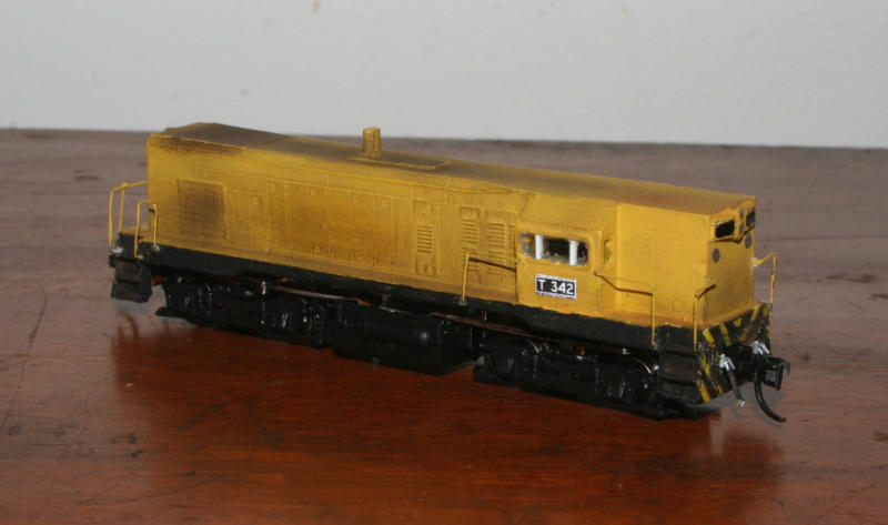 Flat top T342 in the APM yellow livery