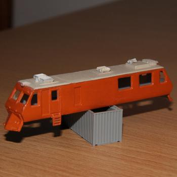 Bachmann EM80 lengthened and modified into V/Line's EM100